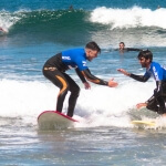 surf camp en bilbao adultos