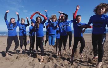Compartir Video del campamento de surf semana del 2 al 9 de Julio 2017 Moana Surf en facebook