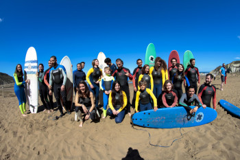 Compartir SURF & SKATE EASTER CAMPS en facebook